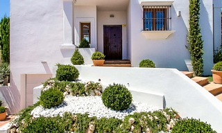 Ready to move in new villa for sale, first line golf in a gated golf resort, New Golden Mile, Marbella - Estepona 3528