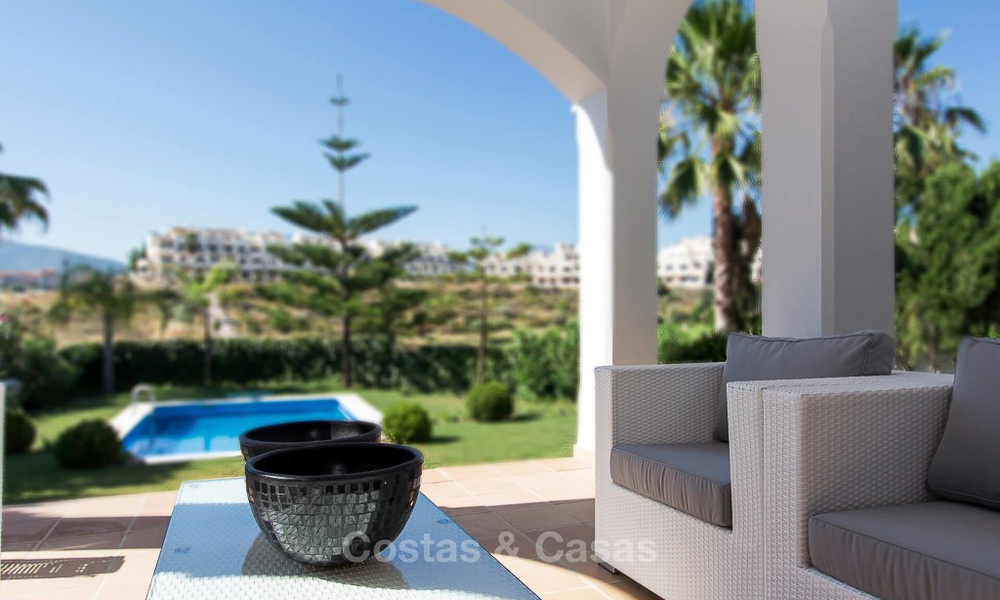 Ready to move in new villa for sale, first line golf in a gated golf resort, New Golden Mile, Marbella - Estepona 3539