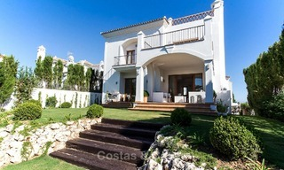 Ready to move in new villa for sale, first line golf in a gated golf resort, New Golden Mile, Marbella - Estepona 3540