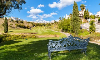 Ready to move in new villa for sale, first line golf in a gated golf resort, New Golden Mile, Marbella - Estepona 3544