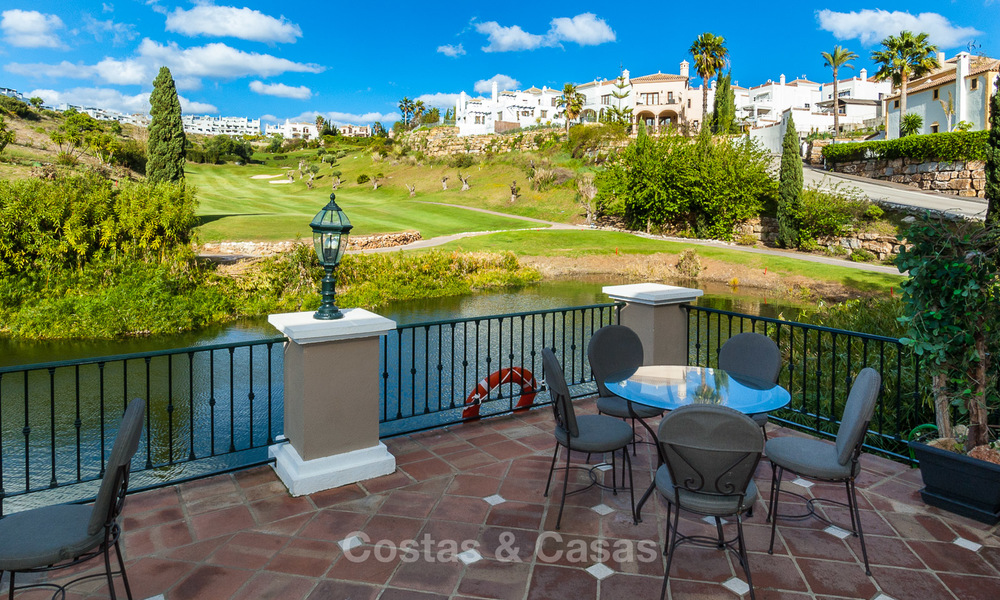 Ready to move in new villa for sale, first line golf in a gated golf resort, New Golden Mile, Marbella - Estepona 3543