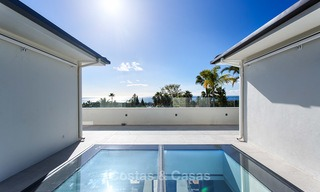 Attractive and spacious renovated luxury villa with majestic sea views for sale, Marbella East 3570