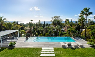 Attractive and spacious renovated luxury villa with majestic sea views for sale, Marbella East 3571
