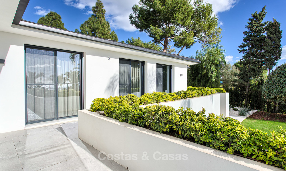 Attractive and spacious renovated luxury villa with majestic sea views for sale, Marbella East 3597