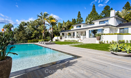 Attractive and spacious renovated luxury villa with majestic sea views for sale, Marbella East 3601