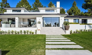 Attractive and spacious renovated luxury villa with majestic sea views for sale, Marbella East 3603