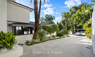 Attractive and spacious renovated luxury villa with majestic sea views for sale, Marbella East 3607