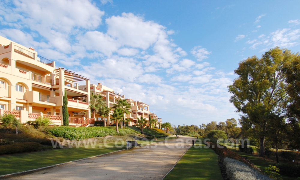 Luxury apartment for sale first line golf resort in Marbella - Estepona 3661