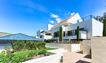 Luxury modern and spacious apartment for sale in a 5 star golf resort on the New Golden Mile in Benahavis - Marbella 3692