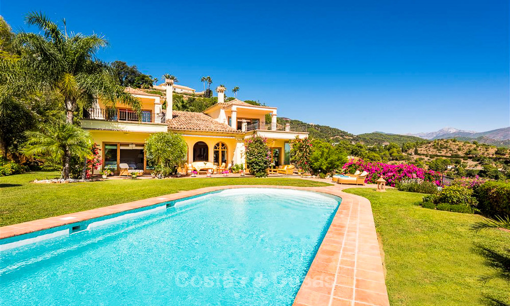 Charming and spacious Andalusian style villa for sale in El Madroñal, Benahavis - Marbella 3751