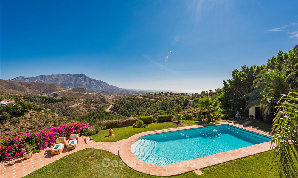 Charming and spacious Andalusian style villa for sale in El Madroñal, Benahavis - Marbella 3768