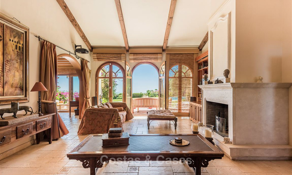 Charming and spacious Andalusian style villa for sale in El Madroñal, Benahavis - Marbella 3771