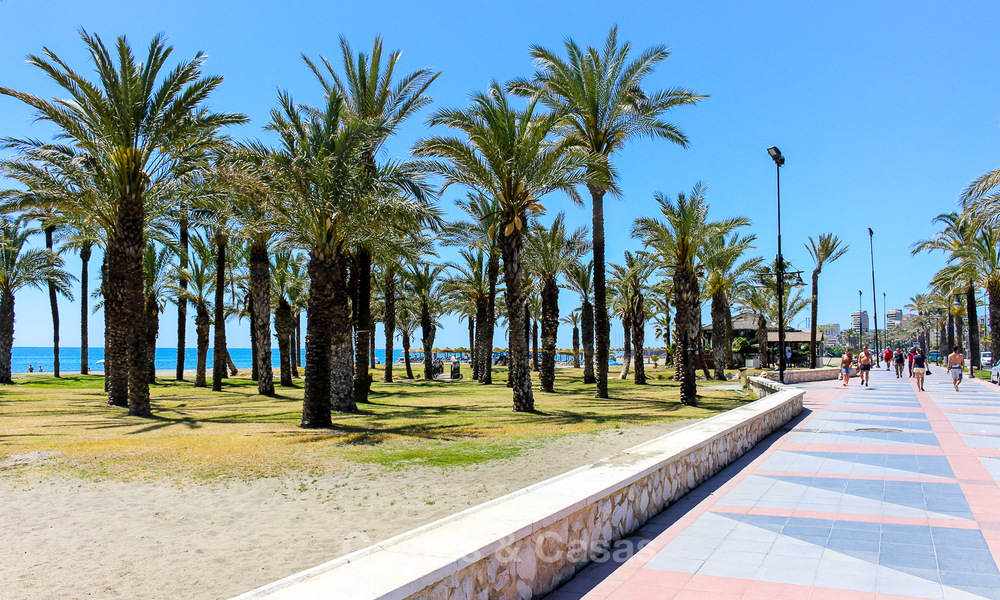 New modern beachfront apartments for sale in Torremolinos, Costa del Sol 4195