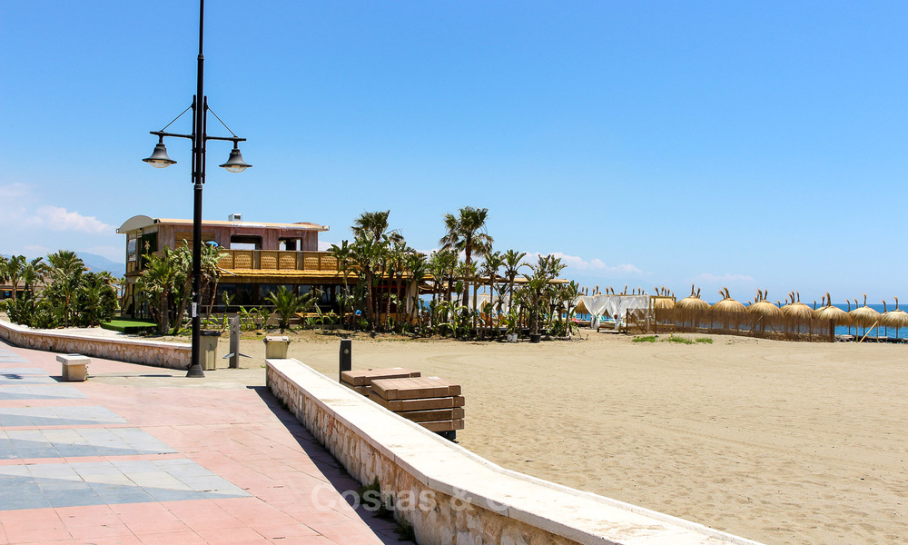 New modern beachfront apartments for sale in Torremolinos, Costa del Sol 4201