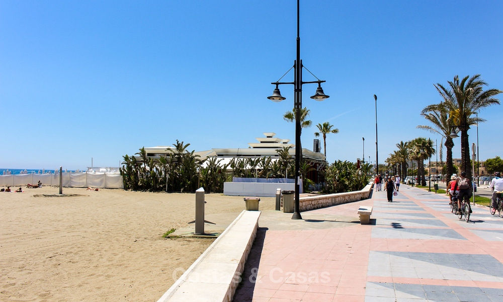 New modern beachfront apartments for sale in Torremolinos, Costa del Sol 4202