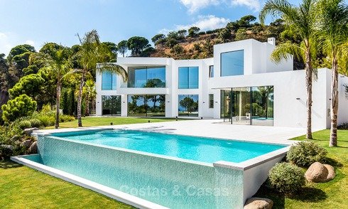New elegant-contemporary modern luxury villa for sale in El Madroñal, Benahavis - Marbella 3896