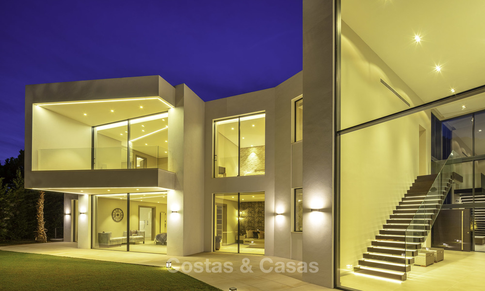 New elegant-contemporary modern luxury villa for sale in El Madroñal, Benahavis - Marbella 17145