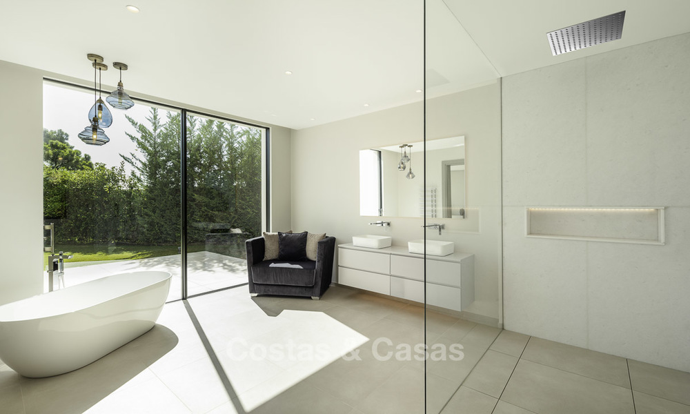 New elegant-contemporary modern luxury villa for sale in El Madroñal, Benahavis - Marbella 17154