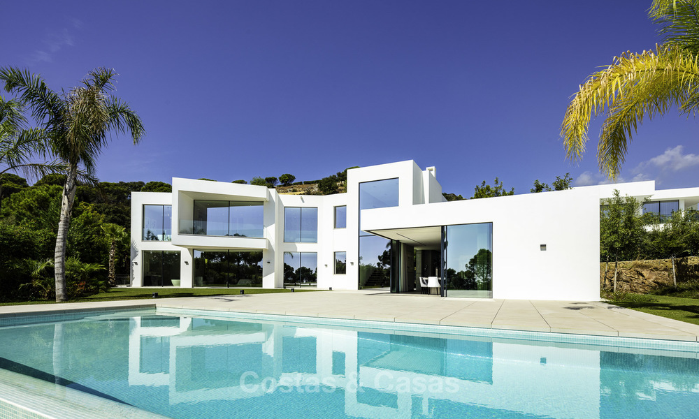 New elegant-contemporary modern luxury villa for sale in El Madroñal, Benahavis - Marbella 17161