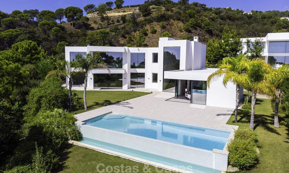 New elegant-contemporary modern luxury villa for sale in El Madroñal, Benahavis - Marbella 17162