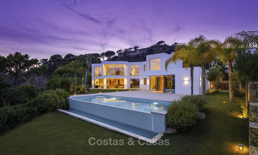 New elegant-contemporary modern luxury villa for sale in El Madroñal, Benahavis - Marbella 17166