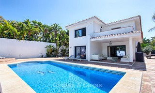 Recently renovated beach side luxury villa for sale in Los Monteros, East Marbella 4037