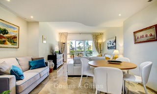 Charming, spacious south-facing luxury apartment for sale in a sought after golf urbanisation, Elviria - Marbella 4091