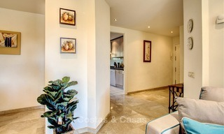 Charming, spacious south-facing luxury apartment for sale in a sought after golf urbanisation, Elviria - Marbella 4094
