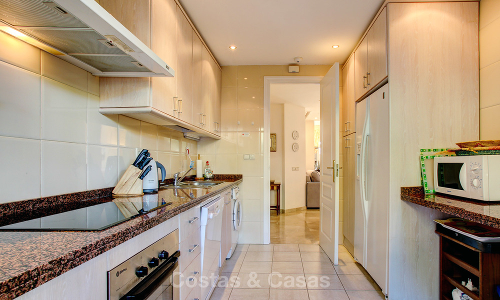 Charming, spacious south-facing luxury apartment for sale in a sought after golf urbanisation, Elviria - Marbella 4099