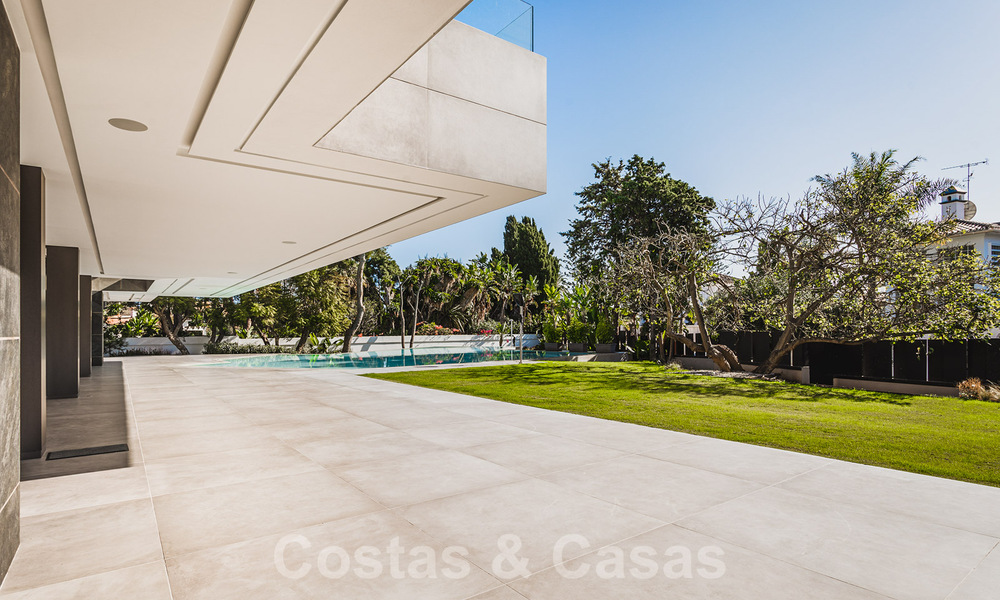Brand new, beach side ultra-modern designer style villa for sale, Estepona East - Marbella. Ready to move in. 30749