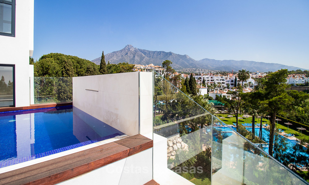 Last unit! Modern exclusive apartments for sale, each with their own heated pool, on the Golden Mile, Marbella 4220