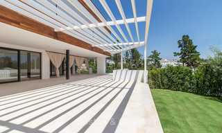Only 8 modern exclusive apartments for sale, each with their own heated pool, on the Golden Mile, Marbella 4231