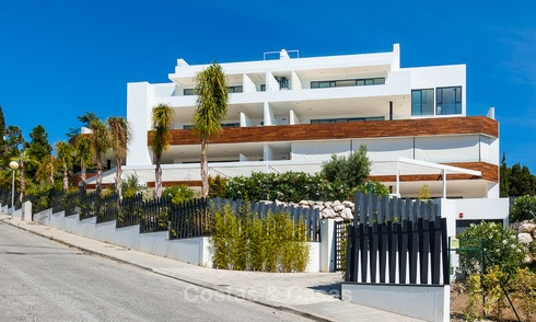 Only 8 modern exclusive apartments for sale, each with their own heated pool, on the Golden Mile, Marbella 4267
