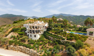 Exclusive villa for sale, in a gated resort, Marbella - Benahavis 22383