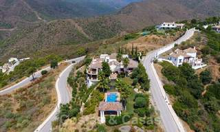 Exclusive villa for sale, in a gated resort, Marbella - Benahavis 22388