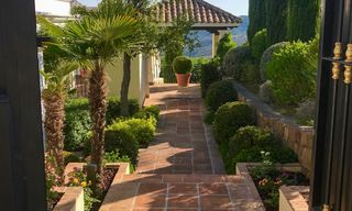 Exclusive villa for sale, in a gated resort, Marbella - Benahavis 22389