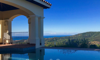 Exclusive villa for sale, in a gated resort, Marbella - Benahavis 22390