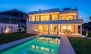 Delightful modern-contemporary villas for sale in a new boutique project between Estepona and Marbella 19698