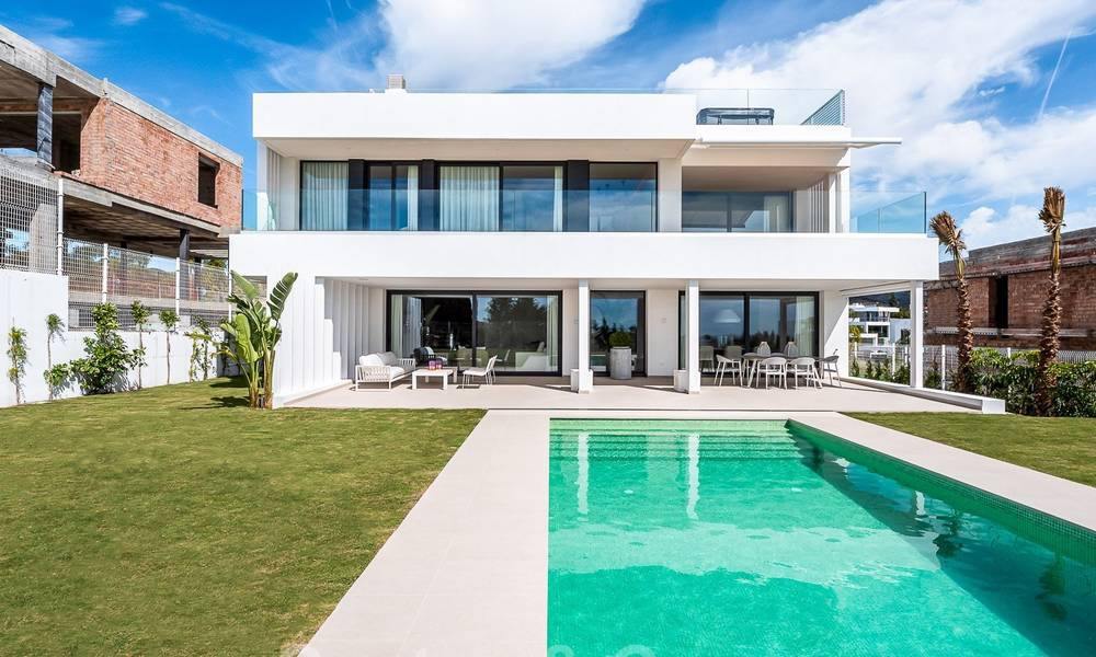 Delightful modern-contemporary villas for sale in a new boutique project between Estepona and Marbella 19706