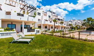 Bargain! Golf apartments and townhouses for sale in a golf resort, between Marbella and Estepona 4483