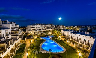 Bargain! Golf apartments and townhouses for sale in a golf resort, between Marbella and Estepona 4489