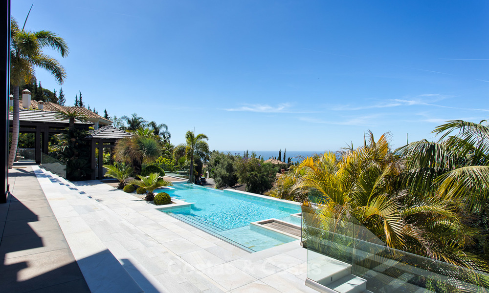 Very exclusive and majestic modern design villa with stunning sea views for sale, Golden Mile, Marbella 4524