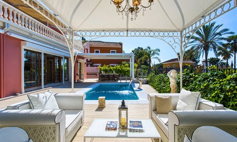 High end classical style luxury villa with sea views for sale on the Golden Mile, Marbella. 4589
