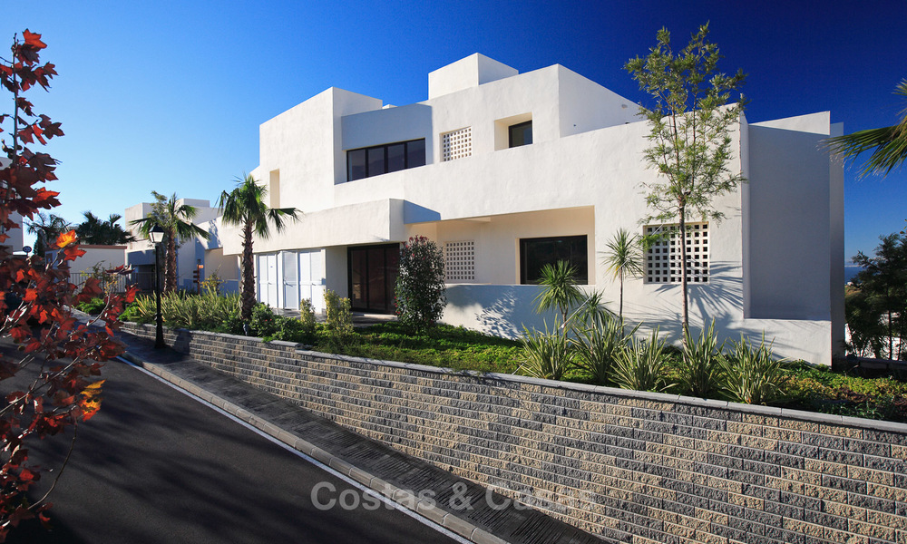 Luxury modern apartments for sale in Marbella with spectacular sea views 16207