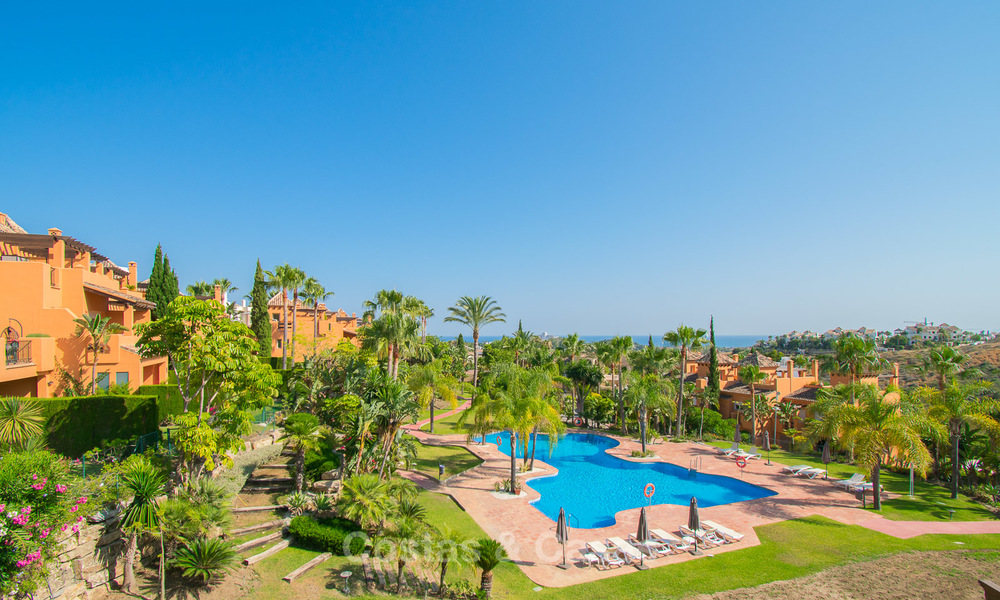 Freshly renovated, Andalusian style townhouses for sale, with sea views, ready to move in, Benahavis, Marbella 5971