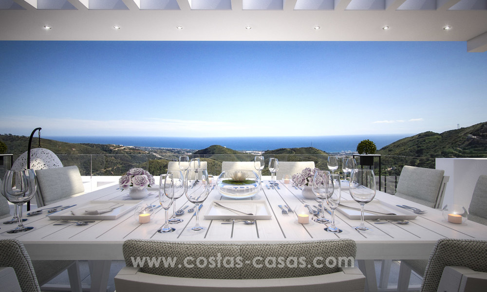 Modern-contemporary luxury apartments with marvellous sea views for sale, short drive to Marbella centre. 4918