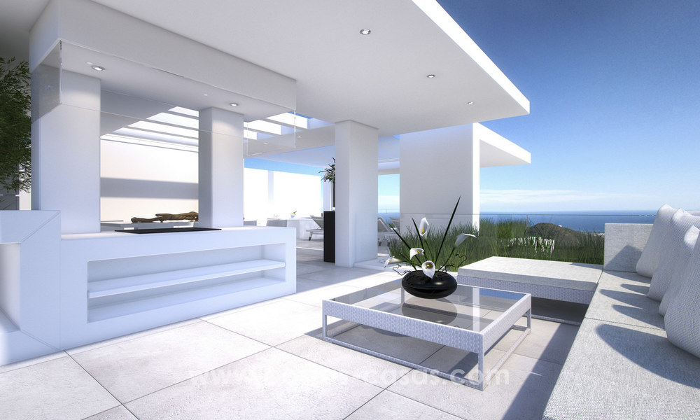 Modern-contemporary luxury apartments with marvellous sea views for sale, short drive to Marbella centre. 4931