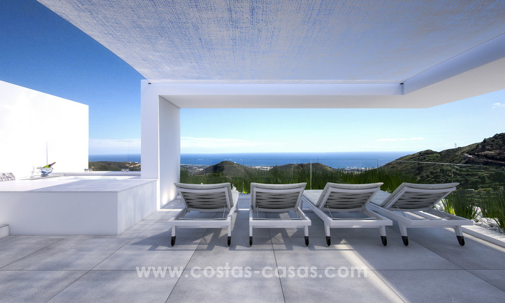 Modern-contemporary luxury apartments with marvellous sea views for sale, short drive to Marbella centre. 4933
