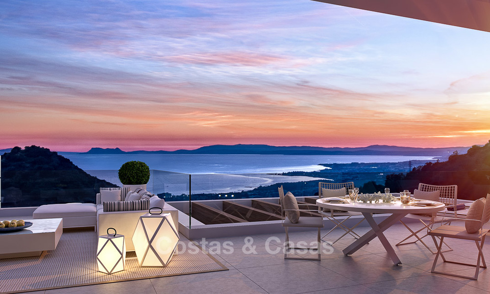 Modern-contemporary luxury apartments with exquisite sea views for sale, short drive to Marbella centre. 4964
