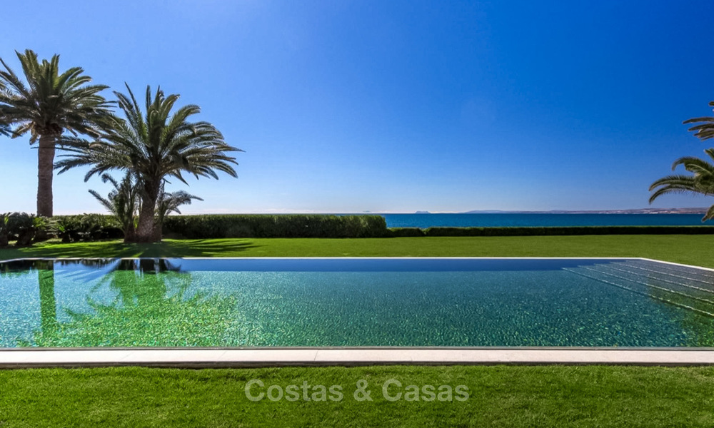 Prestigious palatial front line beach villa for sale, classic style, between Marbella and Estepona 5496